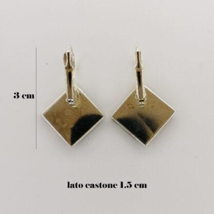 orecchino base quadrata misure