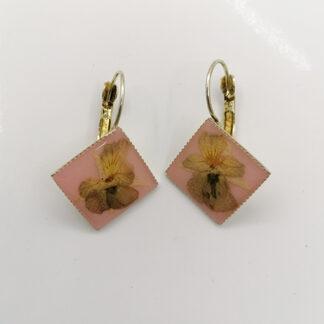 orecchino base quadrata
